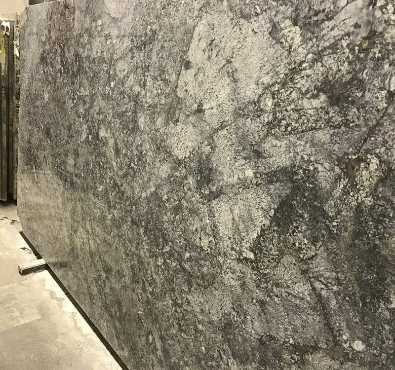 granite-blue-araras-slab